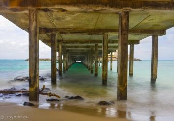 Under Makai Pier, Oah'u