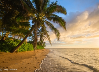 Sunrise on Moloka'i