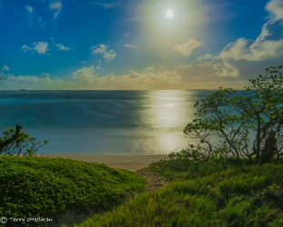 North Shore Oah'u full moon rising