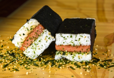 Spam musubi, homemade and yummy